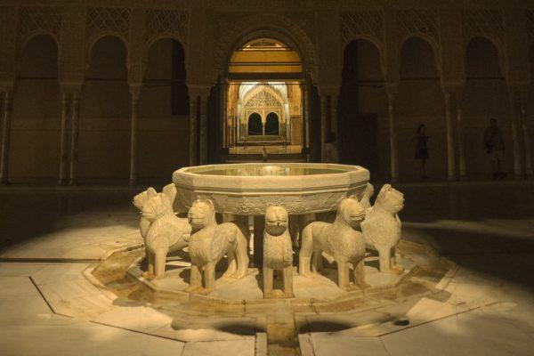 NOCTURNA17JANleones nocturna AlhambraP1390574 web