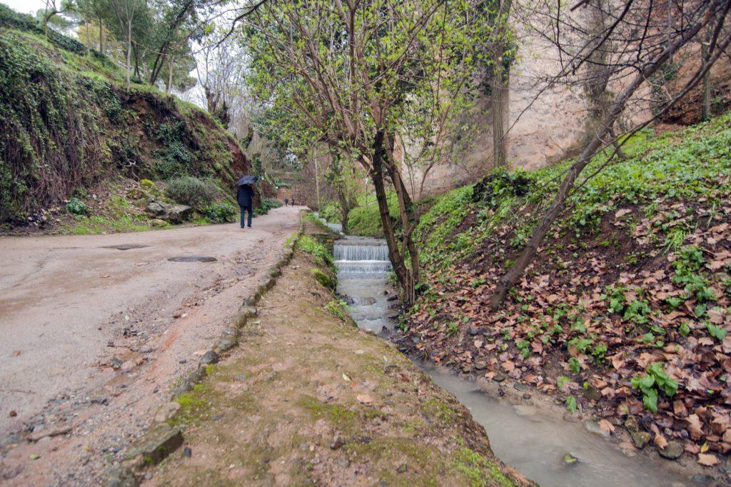 cuesta de los chinos agua otoño exteriores DSC 0203