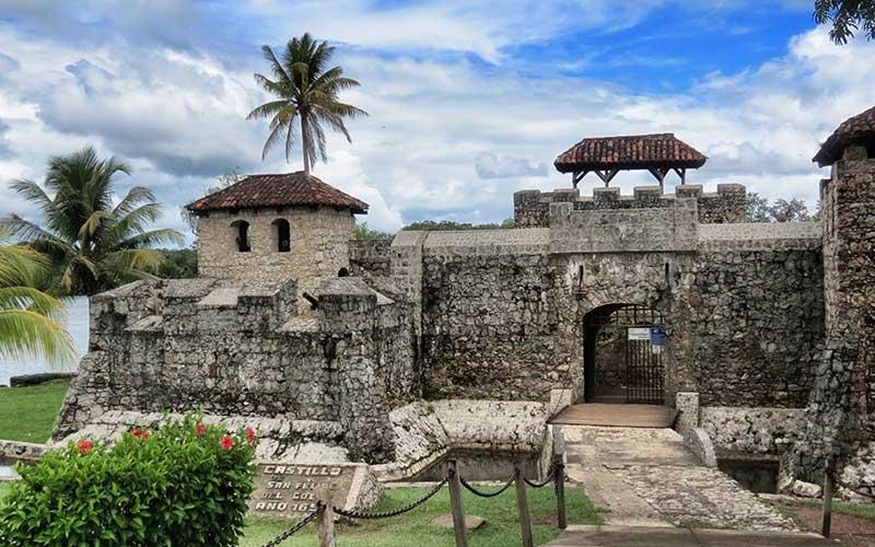 viaje a guatemala-castillo de san felipe guatemala rio dulce